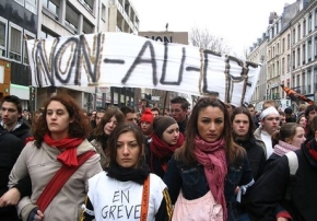 Building A Democratic & Militant Student Unionism in France
